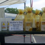 Hilltop Honey has a Mother's day special