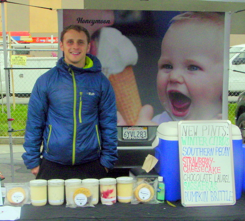 Noney Moon ice cream at the Wednesday market in reusable containes